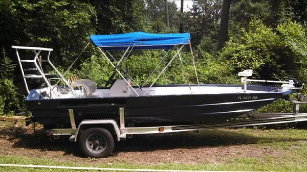 Photo 18 ft all welded tunnel hull - $7900 (Quincy)