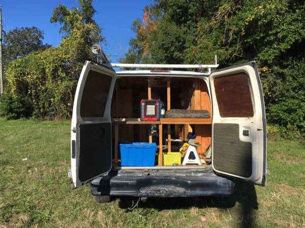 Photo 1994 Ford E-350 Cer van - $650 (Tallahassee)