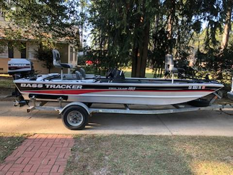 Photo 1996 Pro Team 18 Bass Tracker Boat - $5500 (Thomasville)