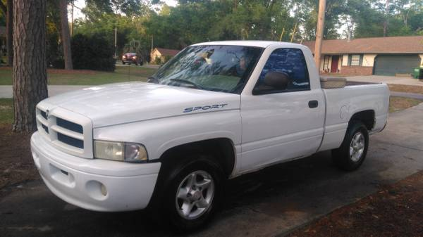 Photo 2001 dodge ram 1500 - $1500 (Tallahassee)