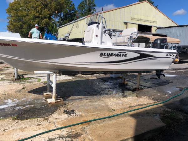 Photo 2017 Blue Wave Pure Bay 2000 - $39,000 (Tallahassee)