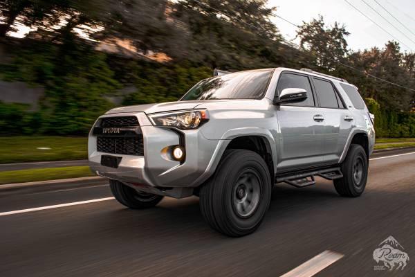 Photo 2019 Toyota 4Runner Overland - $37,499 (Lutz)