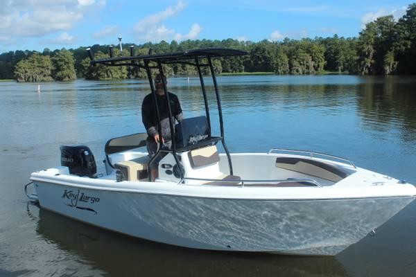 Photo 2022 Key Largo 1800CC Center Console Boat - $36,990 (Americus)