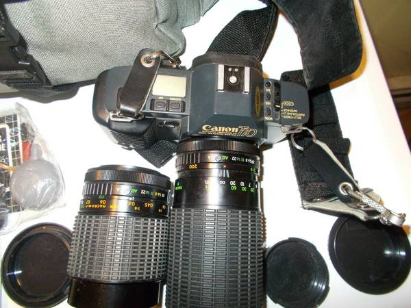 Photo Canon T70 35mm Multiple Program AE Film Camera With 2 Zoom Lenses  Ca - $75 (Tallahassee)