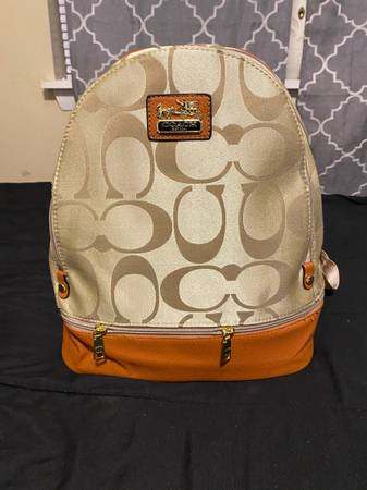 Photo Coach Backpack - $100 (Tallahassee)