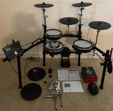 Photo Custom Roland V-Drums TD-25 - $2,050 (BradfordvilleTallahassee)
