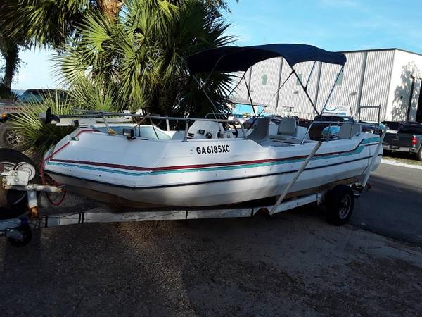 Photo Deck Boat with Trailer 22 foot - $3,500 (Panacea)