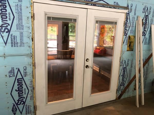 Photo Fiberglass Exterior Door with Blinds - $300 (Tallahassee)