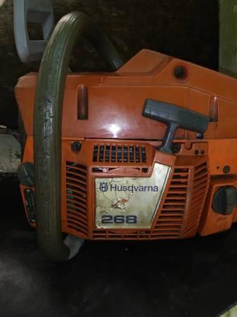Photo Husqvarna 268 chainsaw - $350 (Cairo,Ga.)