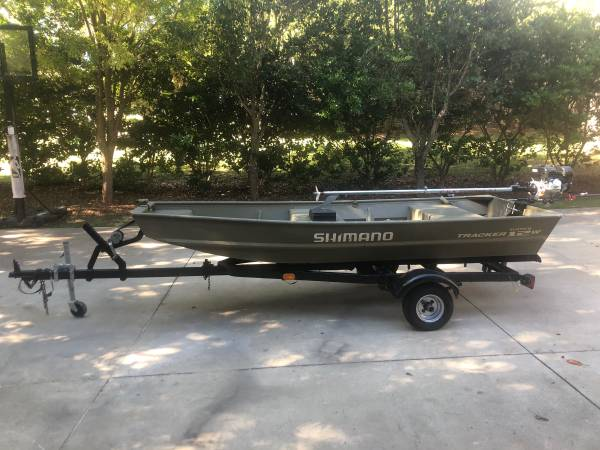 Photo Jon Boat with 6.5 Longtail Mud Motor - $1,700 (tallahassee)