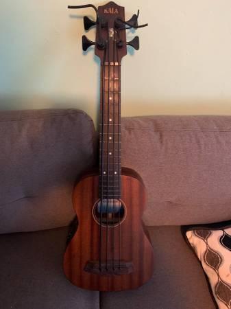 Photo Kala U-Bass with casse - $200 (Tallahassee)
