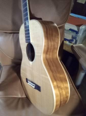 Photo Larrivee P-3 Koa limited 1 of 200 - $1400 (Tallahassee)