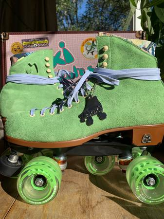 Photo Moxi Lolly Roller Skates - $415 (Tallahassee)