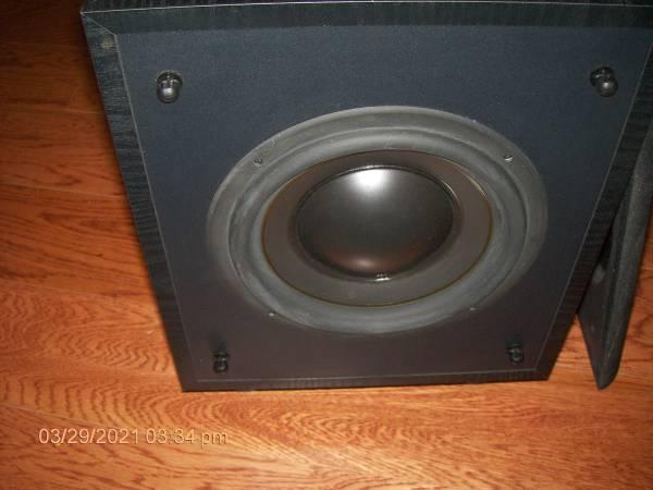 Photo Polk Audio Powered Subwoofer - $65 (Tallahassee)