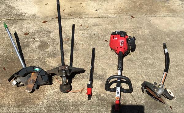 Photo Troy-Bilt power trimmer with attachments - $25 (killearn lakes)