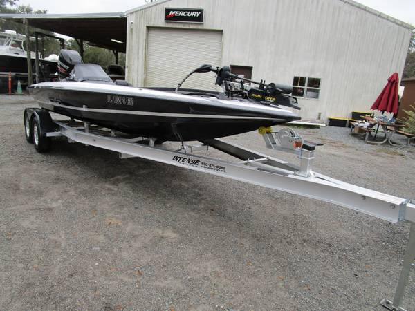 Photo Used 2016 Bullet 21XRS - $37,500 (Quincy)