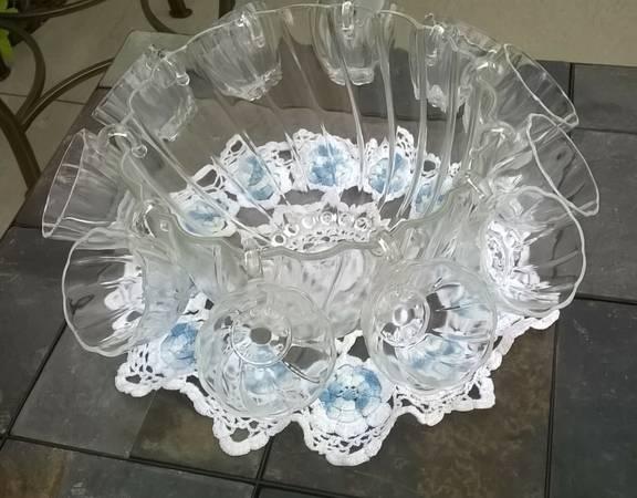Photo punch bowl set - $20 (off Mahan)