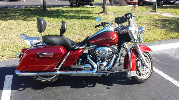 Photo 09 Harley Davidson Road King - $7,000 (holiday)