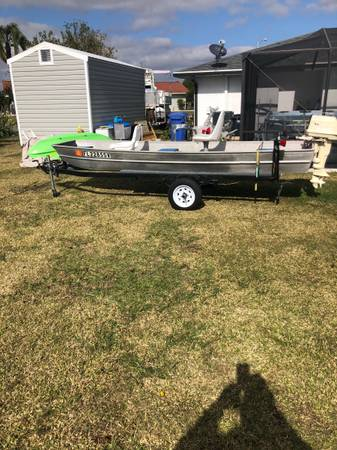 Photo 14 ft Jon boat with trailer title in hand - $2,000 (Sun City Center)