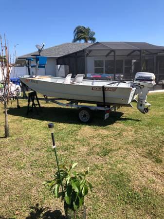 Photo 14 ft Lowe boat with 20 hp Jonson motor - $4,000 (Sun City Center)