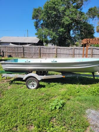 Photo 14 ft Starcraft Boat and Trailer - $3,000 (St. Pete)
