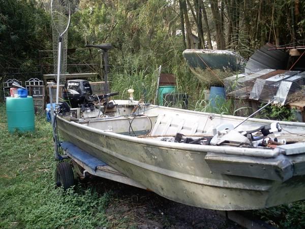 Photo 14 ft jon boat - $400 (surfer springs)
