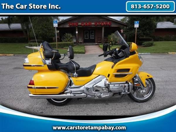 Photo 2010 Honda GL1800 GOLDWING - $9,900 (Seffner, FL)