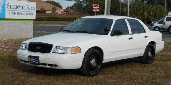 Photo 2011 Ford Crown Victoria P71 Police Interceptor -Very Clean - $3,900 (Palm Harbor)
