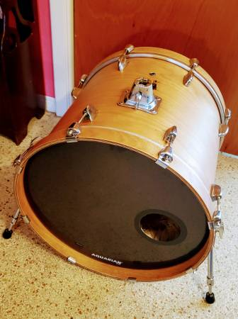 Photo 20quot Yamaha Stage Custom Bass Drum Natural Lacquer New Heads Trade 4 18 - $175 (Saint Petersburg)