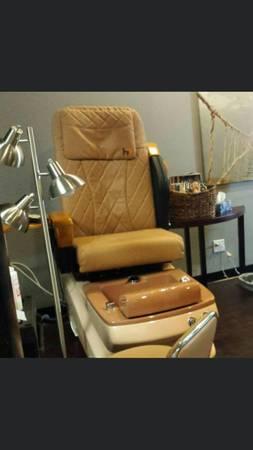 Photo 2 pedicure chair - $800 (Seminole or Riverview)