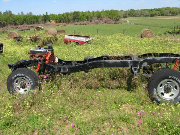 Photo 75 Chevy squarebody K20 roller - $2,500 (Dade City)