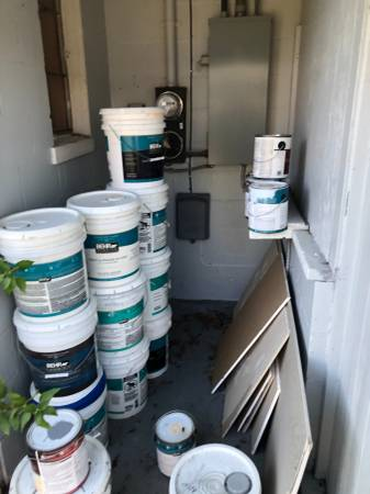 Photo BEHR PAINT FOR HOUSES - $500 (St. Petersburg)