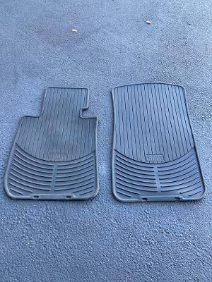 Photo BMW Rubber floor mats - $20 (Dunedin)