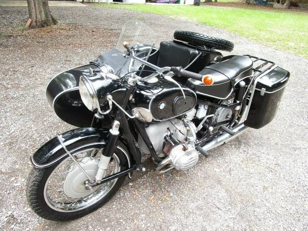 Photo BUYING OLD MOTORCYCLES (Ta)