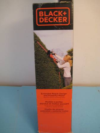 Photo Black  Decker 24quot Hedge Trimmer NEW - $40 (Clearwater)