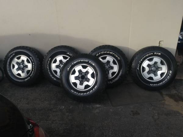 Photo Chevy S10 ZR2 4x4 wheels and tires (t)