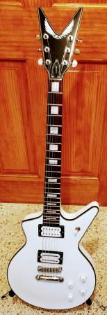 Photo Dean 1980 reissue Cadillac electric guitar - $450 (saint pete)