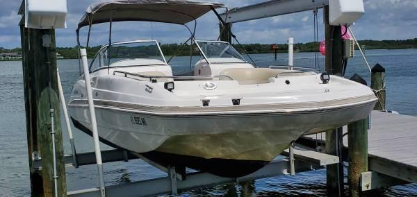 Photo Deck Boat SellTrade - $23,950 (Pinellas)