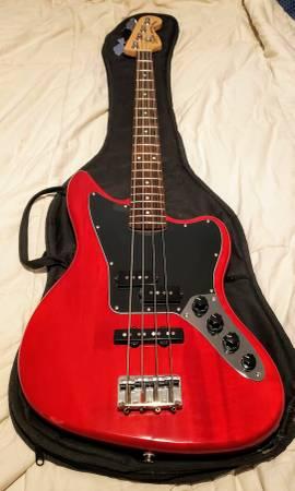 Photo Fender Squier Jaguar VM Bass - $275 (st pete)