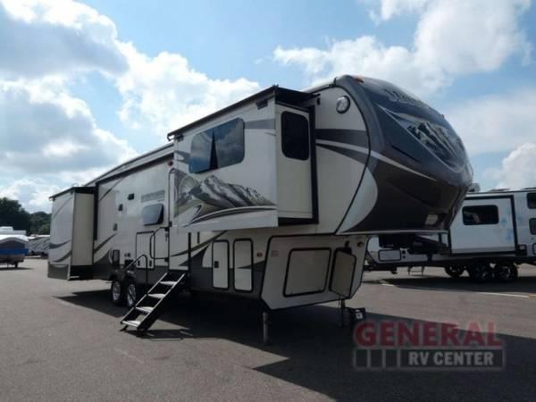 Photo Fifth Wheel 2014 Keystone RV Mountaineer 375FLF - $39,781