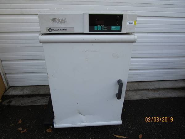 Photo Fisher Scientific Isotemp Incubator Model 650D - $325 (Riverview)