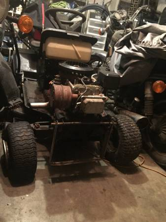 Photo Murray riding mower - $150