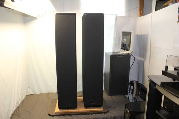 Photo Paradigm Export BP Floor Standing Speakers - $125 (Brooksville)