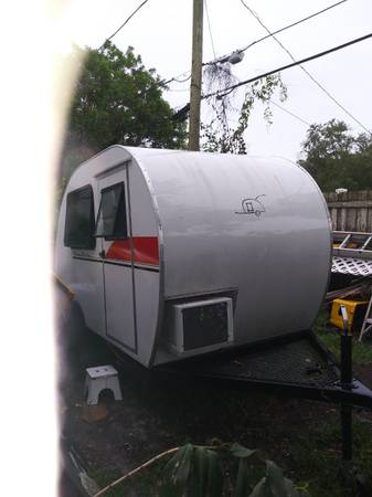 Photo Teardrop cer trailer - $6200