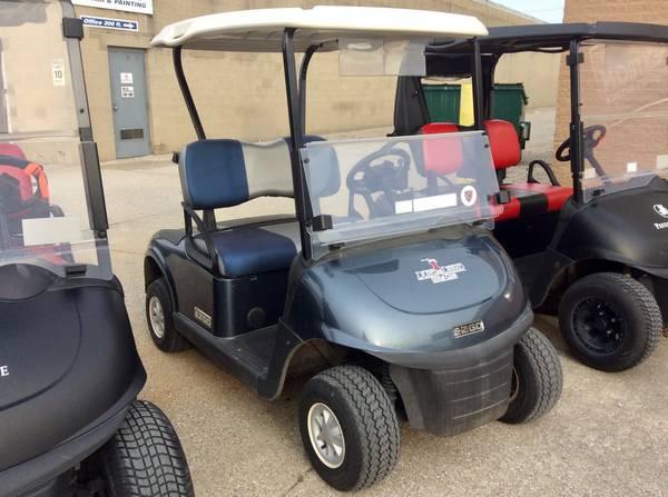Photo 2016 Custom Steel Blue E-Z-GO RXV Golf Cart MP3 player - $3200 (AACO EVANSVILLE)