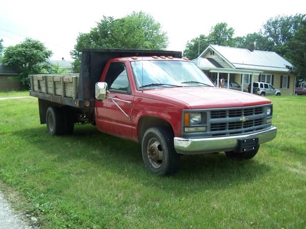 Photo 95 Chevy c3500 Dump Truck - $4,800 (TERRE HAUTE)