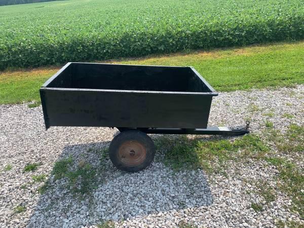 Photo Craftsman yard cart trailer - $50 (Shelburn)