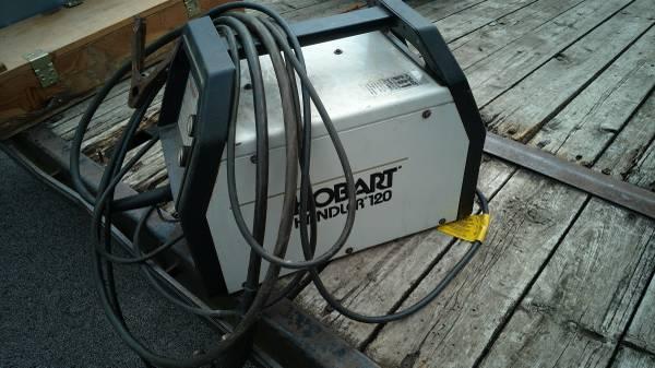 Hobart Handler 120 Welder For Parts or Repair - $75 (Terre ...