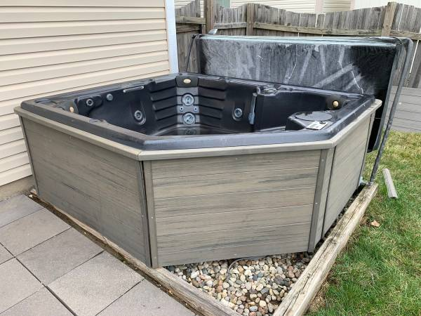 Photo Royal Spa Hot Tub (Avon)