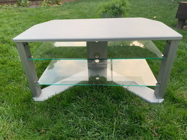 Photo Triple Play 3 Tier TV Stand 42quot With Glass Shelves - $50 (Broad Ripple)